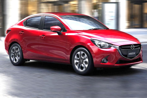 Mazda2 Sedan Stufenheck (2014)
