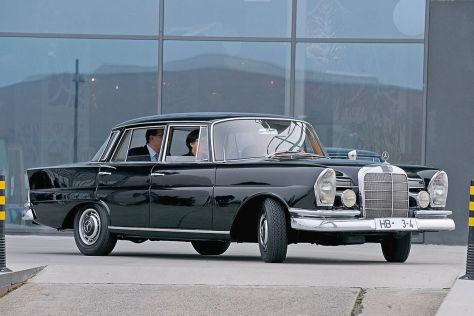 Kaisens Mercedes 220 S für Bremer Museum