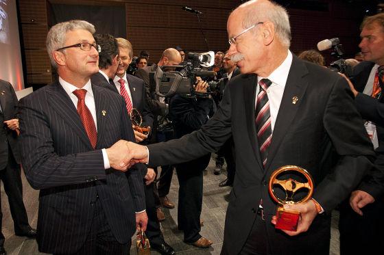 Rupert Stadler (Audi) und Dieter Zetsche beim Goldenen Lenkrad