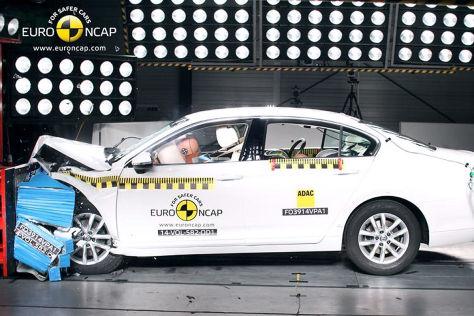 VW Passat (B14) Euro NCAP Crashtest Dezember 2014
