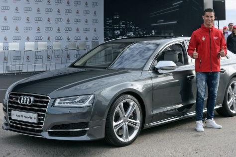 Cristiano Ronaldo Real Madrid mit seinem neuen Audi S8
