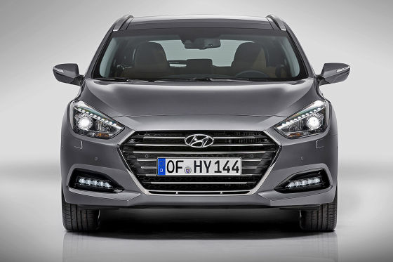 hyundai i40 facelift 2015 vorstellung. Black Bedroom Furniture Sets. Home Design Ideas