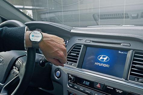 Hyundai Blue Link Smartwatch