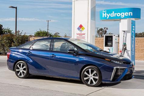 CES 2015: Toyota gibt Brennstoffzellen-Patente frei
