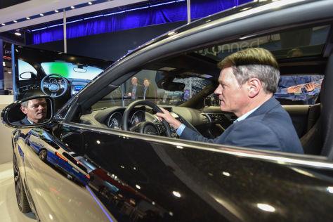 Autozulieferer Delphi auf der CES 2015