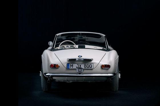 BMW restauriert Elvis Presleys BMW 507