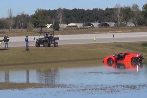 Video: Lamborghini Gallardo macht Abflug