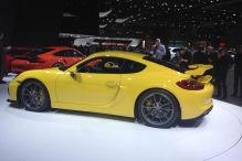 Der Cayman GT4 f�hrt auf Michelin-Reifen