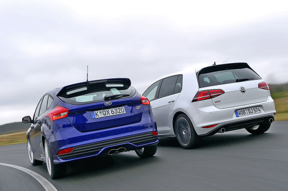 Ford Focus ST VW Golf GTI