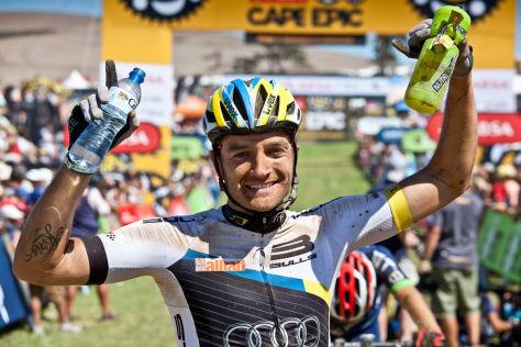DTM-Star bei Mountainbike-Rennen