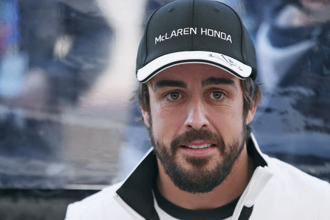 Formel 1: Alonso-Crash in Barcelona