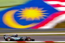 Eine Runde mit den Mercedes-Stars