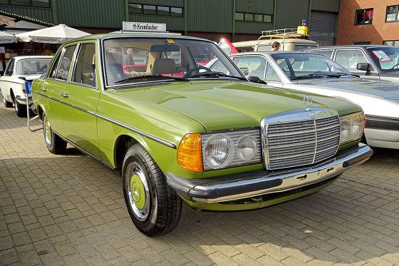 Mercedes 230 E W 123