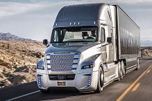 So f�hrt der Robo-Truck von Mercedes