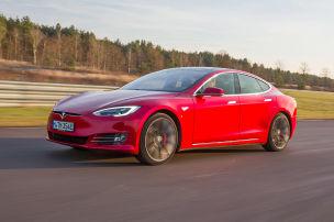 Model S überholt 7er und S-Klasse