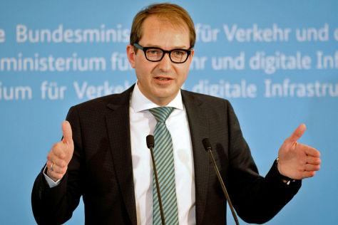 Dobrindt will Bundesstraßen privat finanzieren