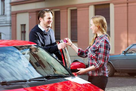 Privates Carsharing: Drivy übernimmt Autonetzer