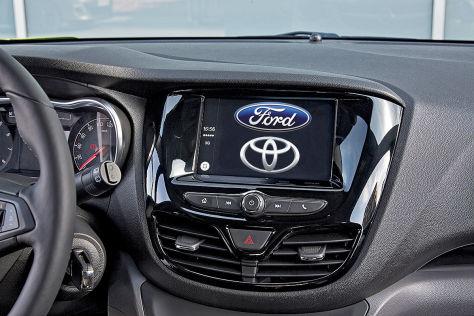 Ford und Toyota gegen Apple und Google