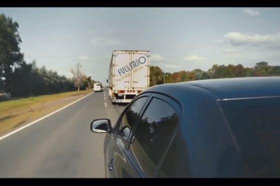 Der gläserne Lastwagen