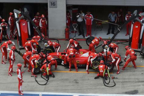 Der verpatzte Boxenstopp kostete Sebastian Vettel den dritten Platz