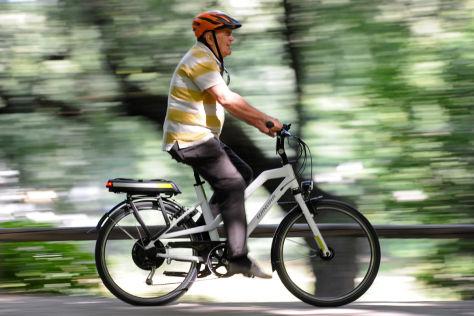 E-Bikes und Pedelecs auf Radwegen