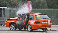 Crashtest: Peugeot 406 vs. Baum