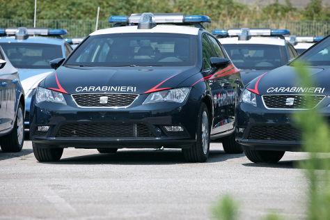 Italienische Polizei fährt Seat Leon