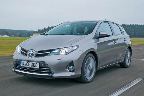 Toyota Prius* / Auris Hybrid: Massenrückruf