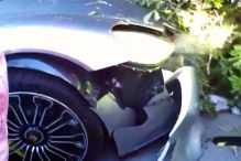 Mysteri�ser Crash auf dem Parkplatz