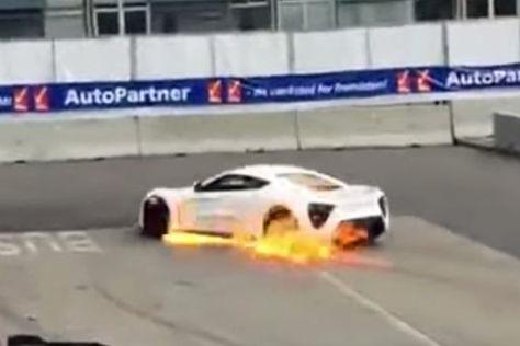 Zenvo ST1: Erneuter Feuerausbruch