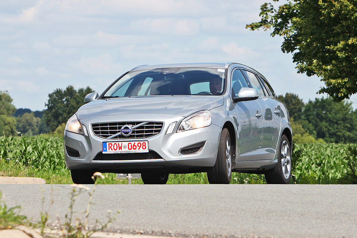 gebrauchtwagen test volvo v60 bilder. Black Bedroom Furniture Sets. Home Design Ideas