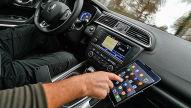 Verkehrsgerichtstag: Handy und Tablet am Steuer