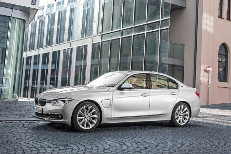 BMW 330e (IAA 2015): 3er mit Plug-in-Hybridantrieb