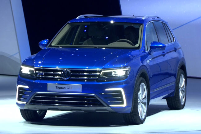 video vw tiguan iaa 2015. Black Bedroom Furniture Sets. Home Design Ideas