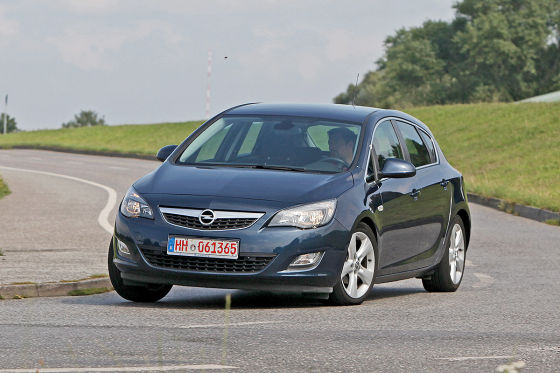 opel astra j gebrauchtwagen test. Black Bedroom Furniture Sets. Home Design Ideas