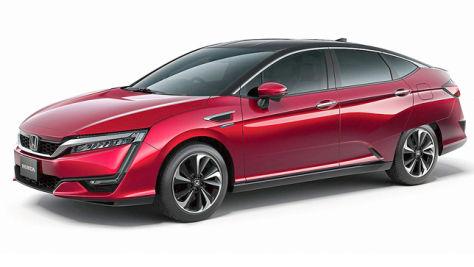 Honda Clarity Fuel Cell: Tokyo 2015