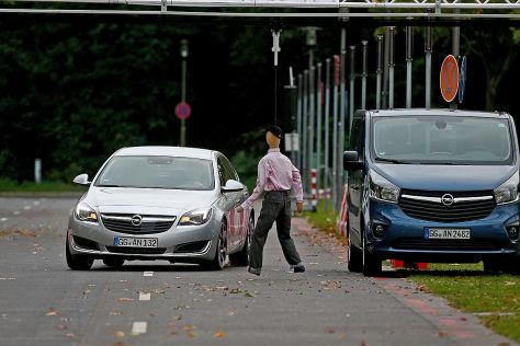 Opel Insignia: Teilautonomes Fahren für mehr Sicherheit