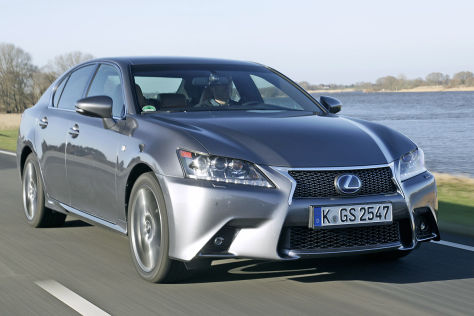 Autonomer Toyota auf Lexus-Basis