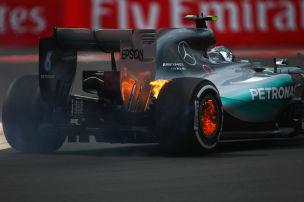 Rosbergs Bremse brennt
