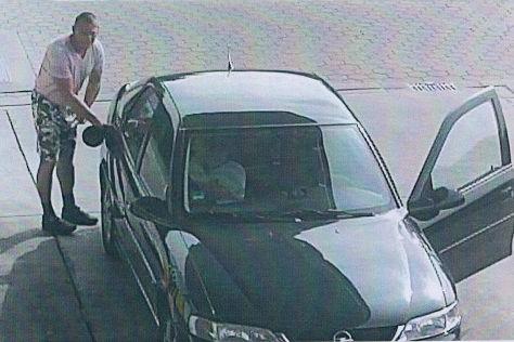 Dumm-dreiste Autodiebe: Gefilmt beim Benzin-Klau