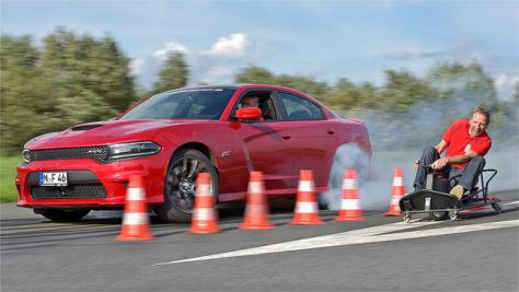 Dodge Charger SRT/Razor Crazy Cart: Drift-Vergleich