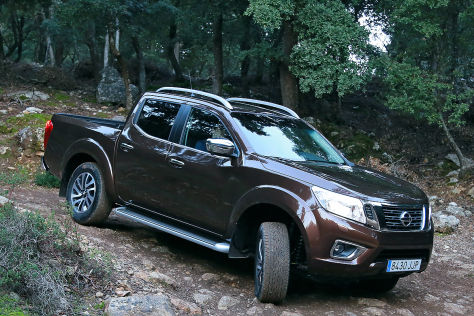 pickup im ersten test das kann der neue nissan navara. Black Bedroom Furniture Sets. Home Design Ideas