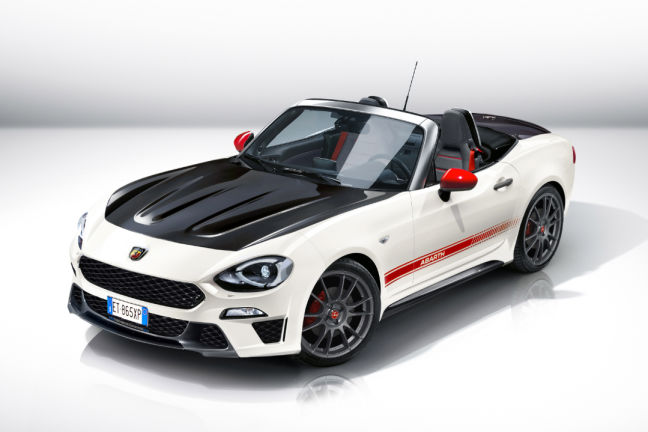video fiat abarth spider 2016. Black Bedroom Furniture Sets. Home Design Ideas