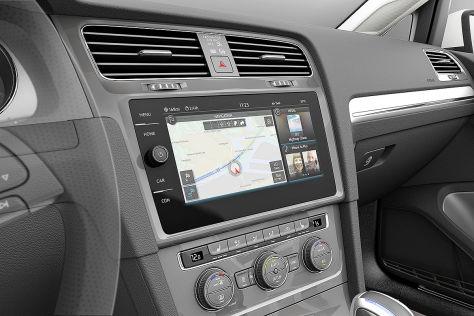 CES Las Vegas 2016: VW e-Golf Touch/Golf Facelift