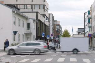 Irre Rückwärtsfahrt durch Oslo