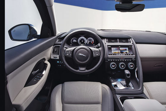 Jaguar e pace 2018 vorstellung test preis und motoren for Interieur jaguar e pace