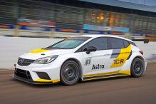 Meisterteam wechselt auf Astra TCR