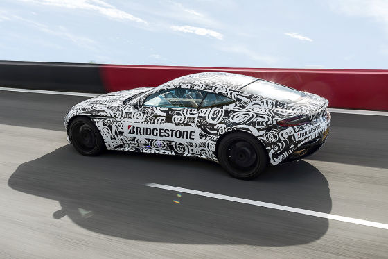 Fährt Bond jetzt Benz?