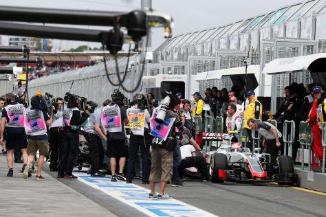 Formel 1: Hamilton behält Spitze