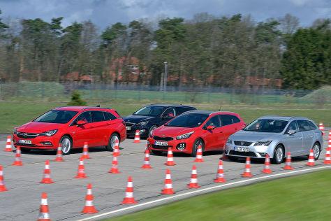 Kia cee'd Opel Astra Peugeot 308 Seat Leon